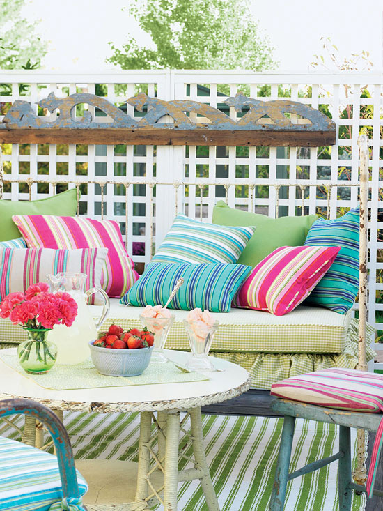Combination of stripes in various color combinations, bound together by the stripe pattern. Courtesy of BHG