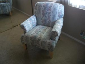 Ethan Allen chair that just needs an introduction into the new millenium!  And boy did she get it!