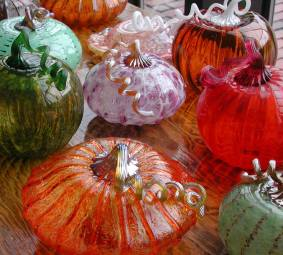 pumpkins-from-mit-glass-lab-facebook-page