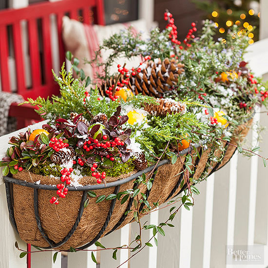 christmas-window-box-from-bhg