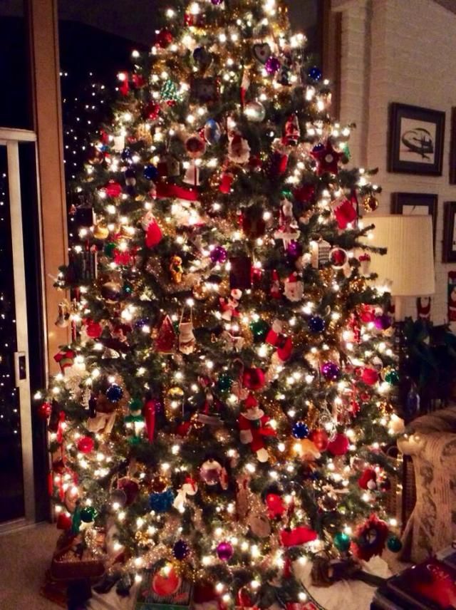 christmas-tree-from-lisa-leonard